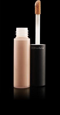 Need!  Best Coverup - MAC MOISTURE COVER CONCEALER NW20
