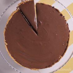 New Chocolate Peanut Butter Tart Sweet Treats Ideas Sweet Desserts, Easy Desserts, Sweet Recipes, Delicious Desserts, Cake Recipes, Dessert Recipes, Yummy Food, Dinner Recipes, Chocolate Pie Recipes