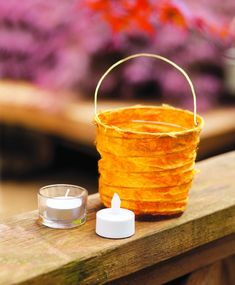 Collapsible Party Light, From: Playing with paper, by Helen Hiebert Wax Paper, Paper Art, Sunday Paper, Paper Ring, Valentines Day Presents, Art Supply Stores, Lantern Festival, Throw A Party, Party Lights