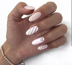 Semi-permanent varnish, false nails, patches: which manicure to choose? - My Nails Cute Acrylic Nails, Acrylic Nail Designs, Cute Nails, Pretty Nails, Nail Art Designs, Nails Design, Perfect Nails, Gorgeous Nails, Hair And Nails