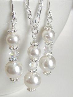 Drop bridal jewelry, bridesmaids gifts, wedding jewelry set, bridesmaids jewelry set - Pearl drop bridal jewelry bridesmaids by AuroraJewelryBox on Etsy - Bridal Party Jewelry, Wedding Jewelry Sets, Bridal Necklace, Wedding Rings, Beaded Earrings, Beaded Jewelry, Handmade Jewelry, Silver Earrings, Etsy Jewelry