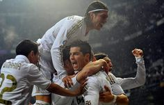 ImageFind images and videos about football, real madrid and cristiano ronaldo on We Heart It - the app to get lost in what you love. Real Madrid Soccer, Ronaldo Real Madrid, Soccer Fans, Play Soccer, Soccer Stuff, Best Football Team, Football Fans, Psg, Uefa Super Cup