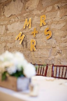 Gold mr and mrs sign
