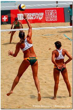 Georgia's Brazilian beach volleyball players Cristine Santanna and Andrezza Chagas