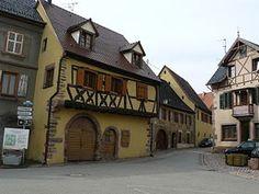 Maisons à colombages, place de la Mairie., Pfaffenheim