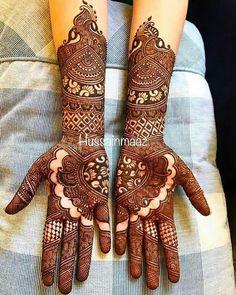 Latest Mehendi Designs for Hands & Legs - Happy Shappy Latest Mehndi Designs Hands, Indian Mehndi Designs, Full Hand Mehndi Designs, Mehndi Designs 2018, Henna Art Designs, Wedding Mehndi Designs, Indian Mehendi, Tattoo Designs, Mehendhi Designs