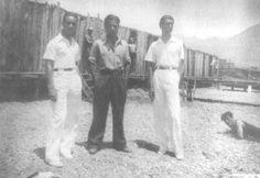 """""""Μπανιέρες"""" ανδρών στην παλιά Καλαμάτα  http://www.eleftheriaonline.gr/polymesa/nature/item/40982-mpanieres-andrwn-kalamata"""