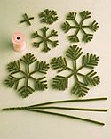 How to Make Pipe Cleaner Snowflakes and Christmas Trees