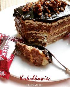 Kukułkowiec, ciasto bez pieczenia. #ciastabezpieczenia #kukułkowiec #kuchniaupoli #pycha #instacake #instagood #insta #instaphoto #kukułka… Cookie Desserts, No Bake Desserts, Delicious Desserts, Yummy Food, Food Cakes, Cupcake Cakes, Sweet Recipes, Cake Recipes, Polish Recipes