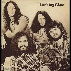 Found Brandy by Looking Glass with Shazam, have a listen: http://www.shazam.com/discover/track/68442605
