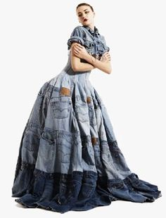 Gary Harvey: Couture Fashion with a Conscience - Denim Dress, made from 41 pairs of Levi Jeans by Gary Harvey of garyharveycreativ… Source by - Recycled Dress, Recycled Denim, London Fashion Weeks, Newspaper Dress, Mode Jeans, Denim Ideas, Recycled Fashion, Jeans Dress, Denim Dresses