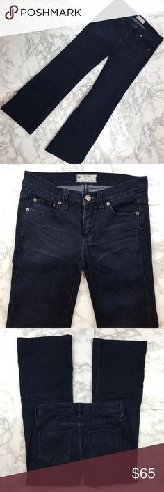 """Free People Indigo Flare Jeans Size 25 Free People Indigo Flare Jeans Size 25 Free People Jeans are luxury for a reason. They look tailored, fashionable but not trendy, and wear like iron. These flare cut jeans have a classic indigo wash to go with everything. Approximate measurements waist 14"""", rise 8"""", inseam 27"""".  Preowned from a smoke free home, in excellent used condition. Check out the rest of my closet to create your own custom bundle! Free People Jeans Flare & Wide Leg"""