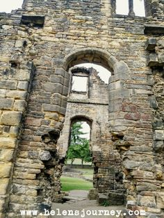 Kirkstall Abbey – A free day out in Leeds any time of the year, surrounded by beauty, history and fun for all ages and abilities. Family Days Out, Castle Ruins, Free Day, Museum Collection, Time Of The Year, Natural Living, Travel Advice, Leeds, Chronic Pain