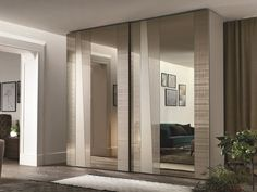 Wardrobe with sliding doors MADRAS By Gruppo Tomasella