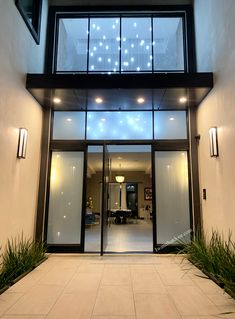 😊😊😊 Did you know Universal Iron Doors manufactures several door types including pivot doors?? Visit our website for more information. -- ☎️☎️☎️ Call 877-205-9418 for Orders and Inquiries 💰💰💰 Ask us about our EXCEPTIONAL OFFERS 🆓🆓🆓 Take advantage of FREE CONSULTATION and FREE DESIGN -- #modernirondoors #entrydoors #bifolddoors #slidingdoor #steeldoors #pivotdoors #frenchdoors #freeconsultation #glassgaragedoor #homeimprovement Pivot Doors, Entry Doors, Sliding Doors, Glass Garage Door, Wrought Iron Doors, Types Of Doors, Steel Doors, French Doors