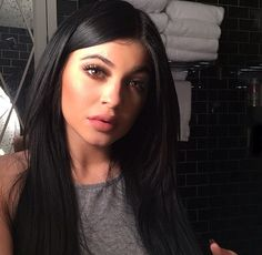 Kylie Jenner Wanna see more? Follow me  Pinterest : @theylovecyn_