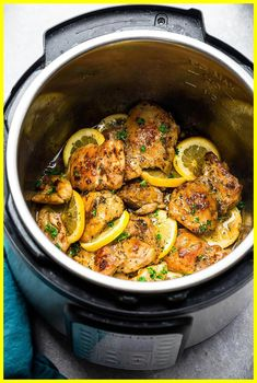 Instant Pot Lemon Garlic Chicken - a one pot recipe made in the pressure cooker is the perfect easy meal for busy weeknights. Best of all the chicken cooks up tender and juicy in a buttery lemon garlic sauce. Chicken Breast Instant Pot Recipes, Instant Pot Fish Recipe, Instant Pot Dinner Recipes, Lemon Garlic Chicken, Garlic Chicken Recipes, Garlic Sauce, Recipe Chicken, Potato Recipes, Fish Recipe Keto