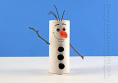 Cardboard Tube Olaf Craft from Frozen - Crafts by Amanda ! Kids Crafts, Christmas Crafts For Kids, Crafts To Do, Preschool Crafts, Holiday Crafts, Christmas Diy, Arts And Crafts, Easy Crafts, Frozen Christmas