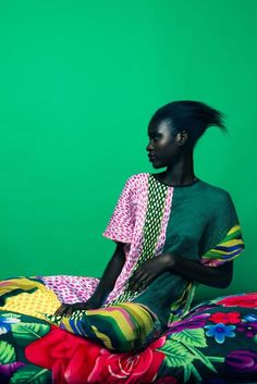EDITORIAL: Check out Marianne Fassler's vibrant, South Africa-inspired Resort collection, Hauwa Dauda, shot by photographer Paul Samuels. South African Fashion, African Fashion Designers, Mode Inspiration, Color Inspiration, Fashion Inspiration, Ethno Style, Estilo Hippie, Fashion Colours, Sport Fashion