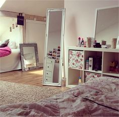 good idea for a shared girls room