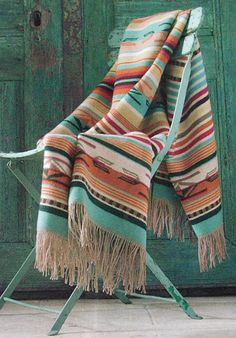 INTERIOR TRENDS be inspired by the Southwestern Desert Chic style: this is the New Boho and one of the coolest interior styles now Textiles, Santa Fe Style, Southwestern Decorating, Southwest Decor Santa Fe, Santa Fe Decor, Desert Fashion, Boho Home, Western Homes, Southwest Style