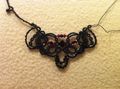 Tatsme: A new gift for a friend: Yarnplayer Vision necklace