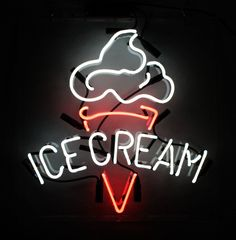 A collection of my favorite neon signs from around the Internet. If you own any of these pictures or know where the signs are located, please send me a message. Licht Tattoo, Neon Quotes, Neon Led, Neon Words, Neon Aesthetic, Cream Aesthetic, Aesthetic Black, Decoration Originale, Custom Neon Signs