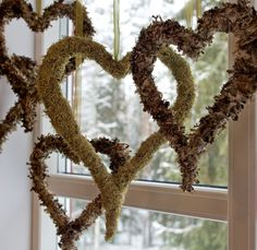 Christmas Diy, Christmas Wreaths, Home Design Decor, Home Decor, Valentines Day Hearts, Natural Materials, Holidays And Events, Grapevine Wreath, Grape Vines