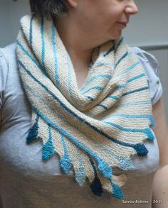 Leftie bleu - 100% alpaga Un plaisir à tricoter et un bonheur à porter ;-) Leftie in blue, 100% alpaga A big pleasure to knit and to wear !