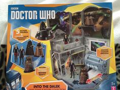 Doctor who into the dalek time zone and figure collection with new clara figure #CharacterOptions