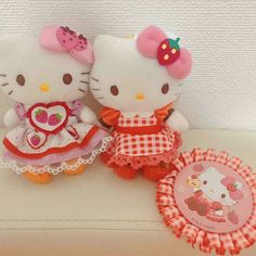 Hello Kitty Lamp, Hello Kitty Toys, Hello Kitty My Melody, Sanrio Hello Kitty, Hello Kitty Characters, Sanrio Characters, Hello Kitty Halloween Costume, Hello Kitty Christmas, Wedding Doll
