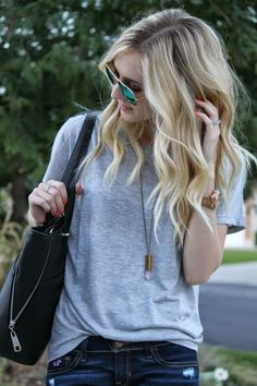 loose tee and bullet necklace give a cool vibe for early fall