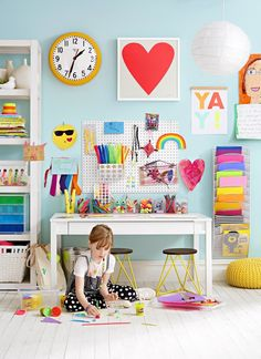 13 Decor Ideas to Spark Kids' Creativity Tired of your kids taking over the kitchen table with their paint, glitter, and glue? It's time to designate a spot just for producing art. Kids Art Space, Kids Room Art, Kids Bedroom, Art For Kids, Kids Art Area, Kids Art Station, Craft Station, Bedroom Art, Kids Table And Chairs