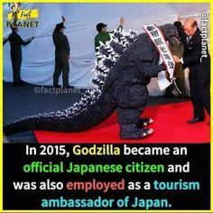 In 2015, Weird World, Photo Manipulation, Godzilla, Tourism, Hollywood, Japanese, Turismo, Japanese Language