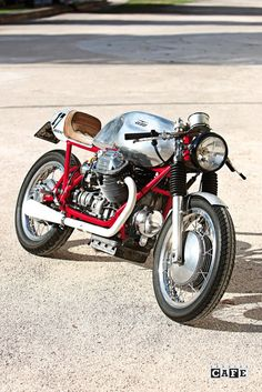 Moto Guzzi Bomb 17 - www.specialcafe.it