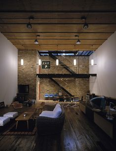 Nice mix of modern and vintage interiors.