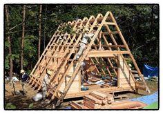 삼각지붕 소형주택입니다