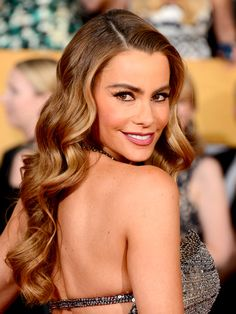 Medium skin: Sofia Vergara's honey brown hair