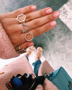 Ce trebuie sa ai neaparat in garderoba primavara aceasta | Sandra Bendre