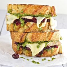 Turkey, Pesto and Cranberry Melt a really amazing sandwich, perfect for those after Thanksgiving leftovers.
