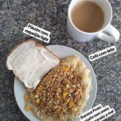 A imagem pode conter: comida Healthy Breakfast Snacks, Low Carb Breakfast, Healthy Recepies, Vegetarian Recipes Easy, Aesthetic Food, Love Food, Food And Drink, Yummy Food, Banana Prata