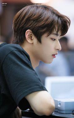 the boyz juyeon Never Fall In Love, I Cool, Korean Men, Asian Actors, Baby Daddy, Kpop Boy, Handsome Boys, Sehun, My World