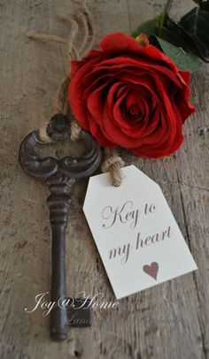 Be my Valentine ~ Key to my heart Antique Keys, Vintage Keys, Old Keys, Key To My Heart, Happy Valentines Day, True Love, Red Roses, Beautiful Flowers, Place Card Holders