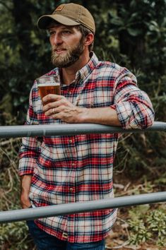 What's a visit to the log cabin without a flannel? And what's a flannel if it isn't the Fairbanks Flannel in Lodge Plaid. Mens Outdoor Fashion, Mens Outdoor Clothing, Mens Fashion, Lumberjack Style, Lumberjack Outfit, Stylish Men, Men Casual, Hot Country Men, Country Life