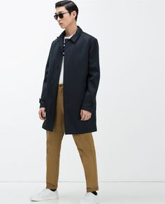 Image 2 of TECHNICAL FABRIC TRENCH COAT from Zara
