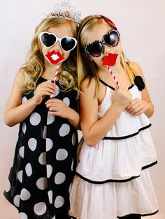 Valentine's party photo booth ideas and kids' crafts >> http://www.diynetwork.com/how-to/make-and-decorate/crafts/8-valentines-day-crafts-for-kids-pictures?soc=pinterest