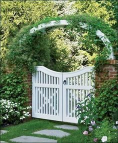 Double Yorktown Gate from Walpole Outdoors. Browse our large selection of wood, solid cellular PVC and vinyl driveway, estate and walkway gates. Garden Entrance, Garden Doors, Entrance Gates, Yard Gates, Tor Design, Gate Design, Garden Gates And Fencing, Fence Gate, Driveway Gate