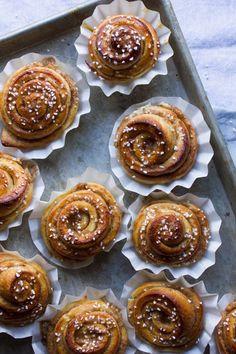 Pink Patisserie: Swedish Cinnamon Buns