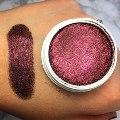 Lipsticks, lipstains, and eyeshadows from Colourpop that won't ever come off. | 42 Cheap Products Makeup Addicts Swear By Kiss Makeup, Love Makeup, Makeup Inspo, Beauty Makeup, Hair Makeup, Makeup Ideas, Prom Makeup, Makeup Hairstyle, Hairstyle Ideas