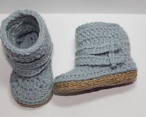 Ravelry: Baby Harper Low Rise Boots pattern by Kate Monaco